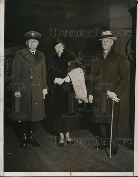 1932 Press Photo General John J Pershing sister May & Lt Col Kenyon A Joyce - Historic Images