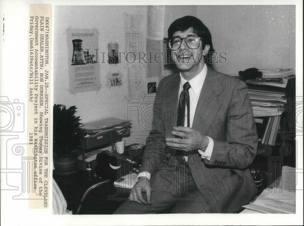 1983 Press Photo Thomas Devine Lawyer Lobbyist Washington D.C. Office - Historic Images