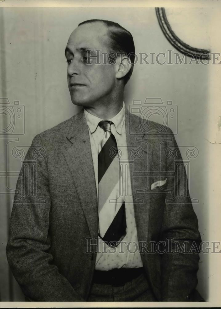 1925 Press Photo Man wears jacket and tie - nee93156 - Historic Images