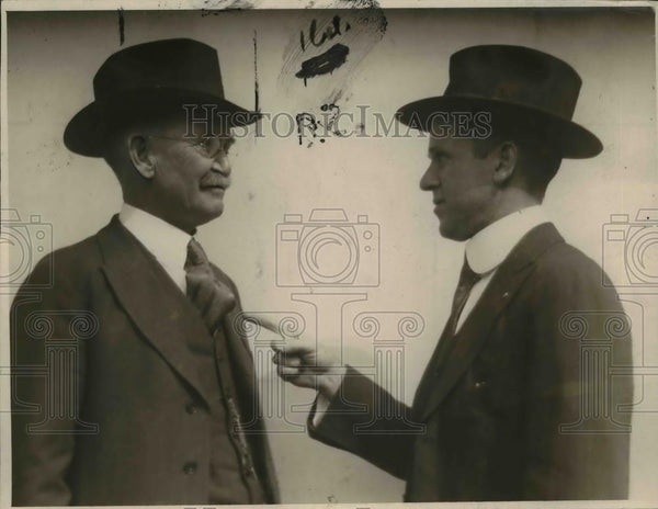 1920 Press Photo Tom Love Edwin Hobby - nee92601 - Historic Images