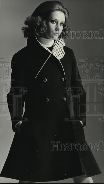 Press Photo Pure Worsted Wool coat - cvb71812 - Historic Images