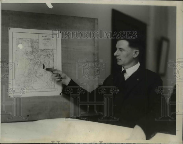 1924 Press Photo H.S Kennedy. Chemist of Bureau of Mines - nee96298 - Historic Images