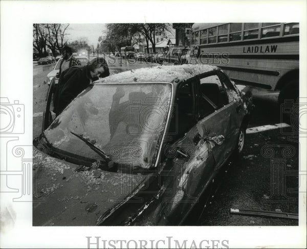 1991 Press Photo Lori Nelson After Car Collision with School Bus - spa26908 - Historic Images