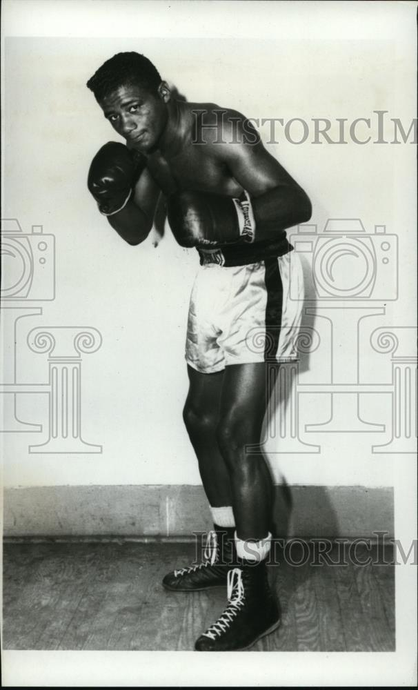 1968 Press Photo Boxer Floyd Patterson at training in a gym - net17847 - Historic Images