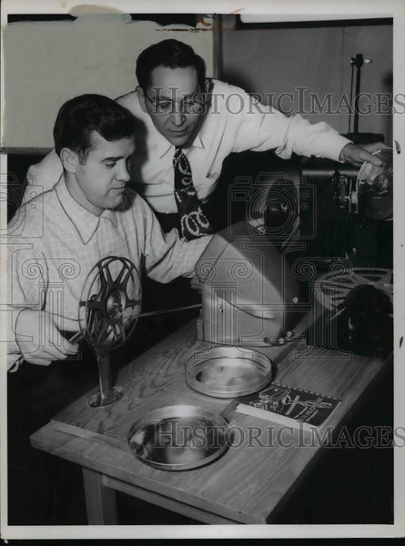 1956 Press Photo Cleveland Browns football coaches, Ed Ulinski and Fritz Heisler - Historic Images