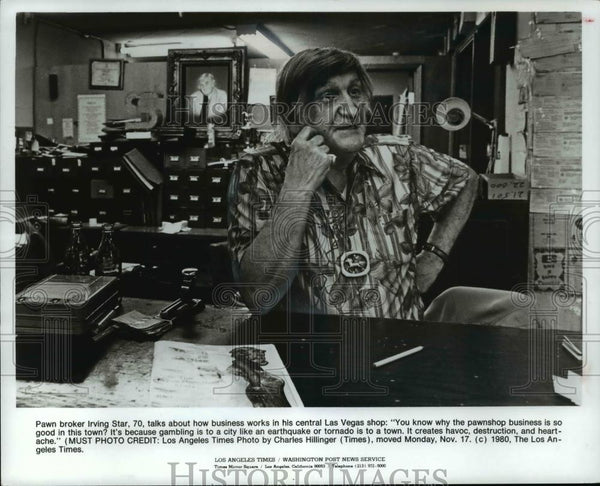 1980 Press Photo Pawn broker Irving Star - cvp99214 - Historic Images