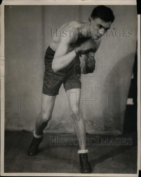 1923 Press Photo Boxer Jimmy Drannet poses for photo during training - net07621 - Historic Images