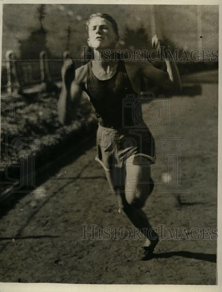 1929 Press Photo James D. Wilson, Jr. runs track for San Diego High School - Historic Images