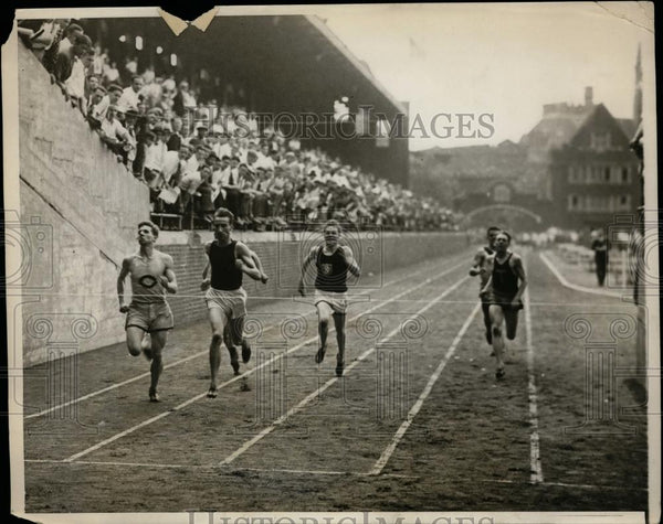 1929 Press Photo First heat of 220 yd dash, Intercollegiate track meet, PA - Historic Images