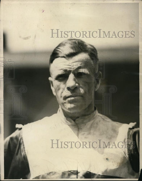 1920 Press Photo Jockey Willie Taylor at a race track - net24814 - Historic Images