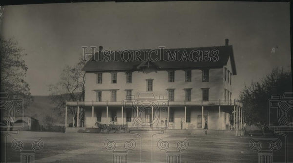 Press Photo This is the Spalding Hotel that was burned to the ground in 1900s - Historic Images