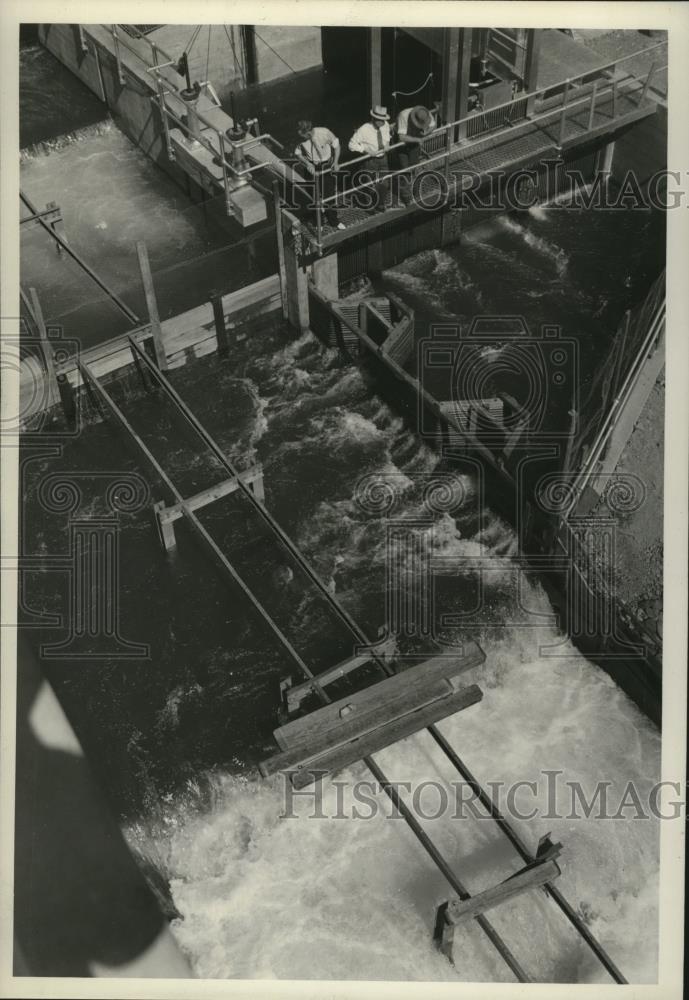 1939 Press Photo Icicle Diversion Canal - spx09286 - Historic Images