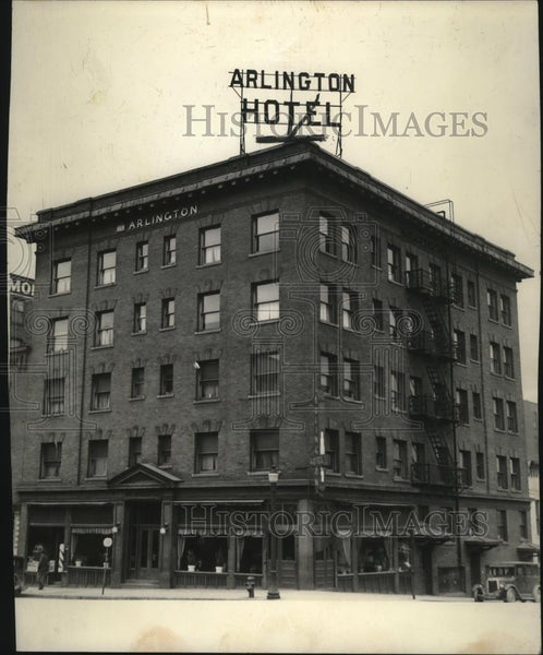 1939 Press Photo General view of the Arlington Hotel Building - spx09413 - Historic Images
