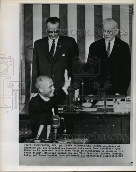 1942 Wire Photo Astronaut John Glenn welcomes by US Senators & Representatives - Historic Images