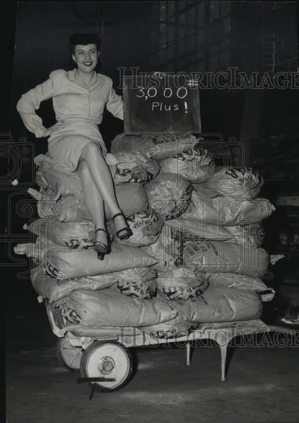 1947 Press Photo Hand truck developed by Washington State Institute of Tech - Historic Images