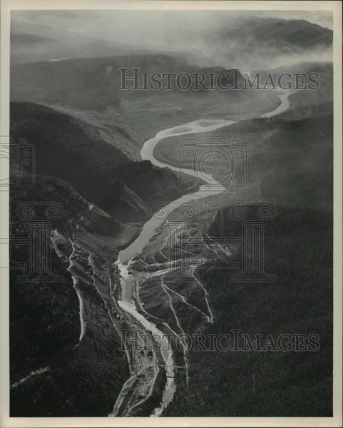 1949 Press Photo Aerial view of the Hungry Horse Dam at Flathead River - Historic Images