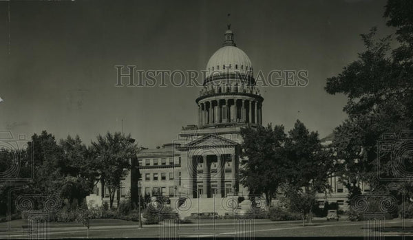 1947 Press Photo View of the Idaho State Capitol Building - spx10388 - Historic Images