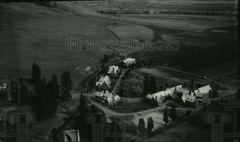 1935 Press Photo Aerial view of the Hilton Settlement - spx11057 - Historic Images