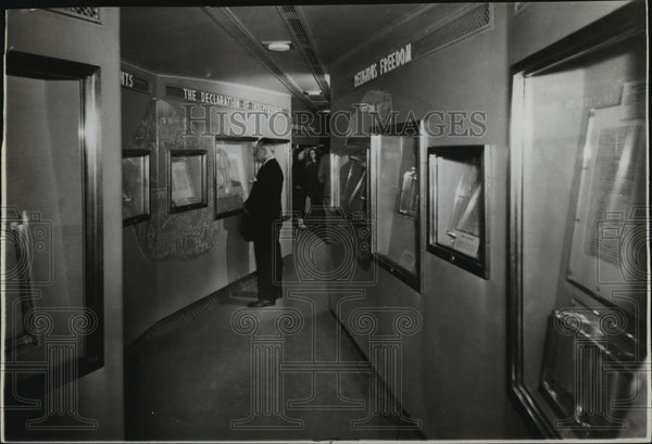 1948 Press Photo Freedom Train - spx11444 - Historic Images