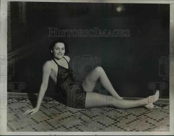1935 Press Photo Ethel Farrell Models Swim Suit - nef41575 - Historic Images