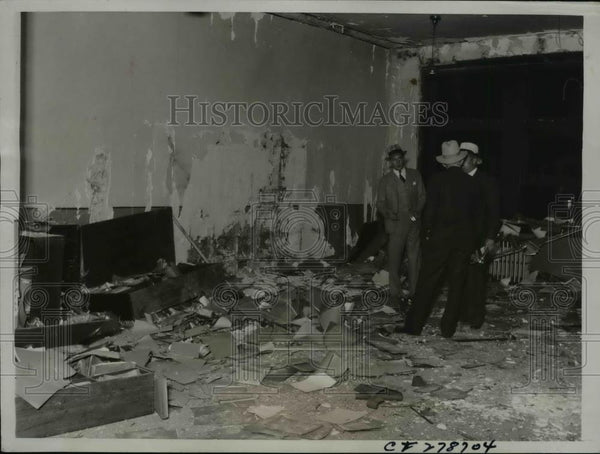 1934 Press Photo Big Express Warehouse Bombed in Teamsters' War - nef44759 - Historic Images