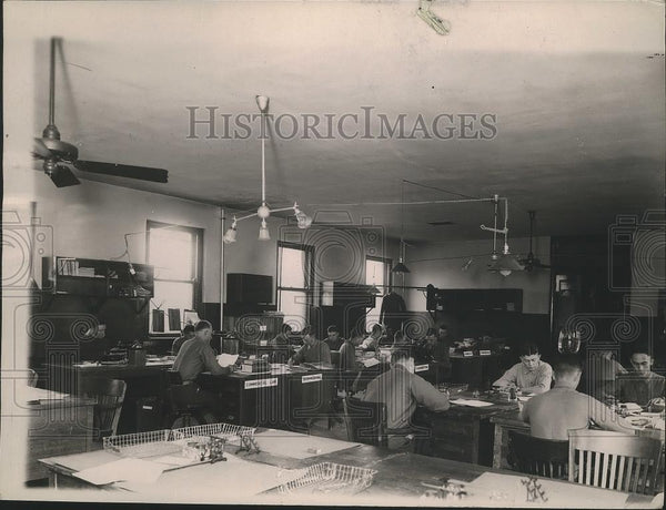 1920 Press Photo US Marine Institute of Learning Examination Room, Washington - Historic Images