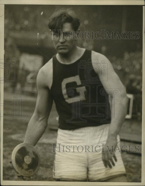 1928 Press Photo Georgetown University's Tony Plansky in discus event - Historic Images