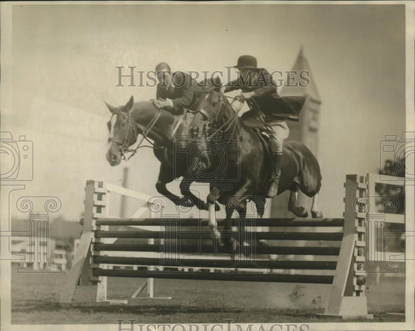 1926 Press Photo Otto Nehmann Jr, Elizabeth Chase win double jump class - Historic Images