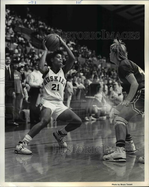 Press Photo Traci Thirdgill, Winter 1990, Husky Basketball, University of Wash. - Historic Images