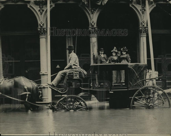 1900 Press Photo Typical Scene In The Business District Of Portland During Flood - Historic Images