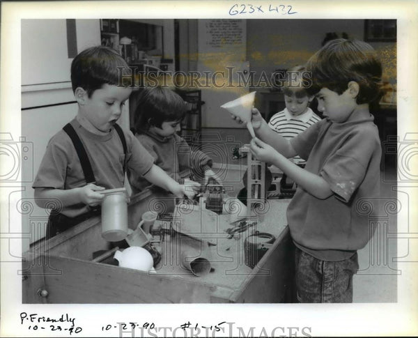 1990 Press Photo Pre-School Students of Friendly House Preschool.  - orb19231 - Historic Images