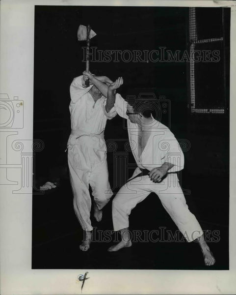 1961 Press Photo Mike Foster thwarted by Bob Dewar karate - orb19588 - Historic Images