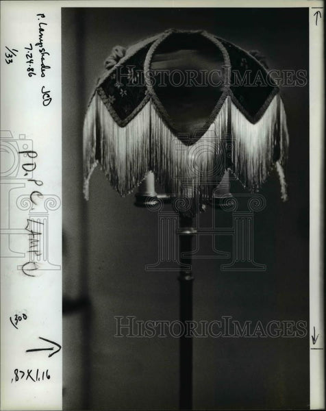 1992 Press Photo Light up your life and stick it on the table. Time to get those - Historic Images