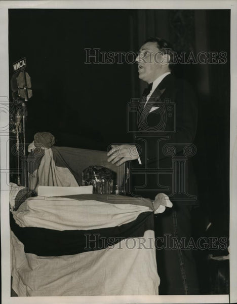 1939 Press Photo New York Lt Gov Charles Poletti addresses meeting NYC - Historic Images