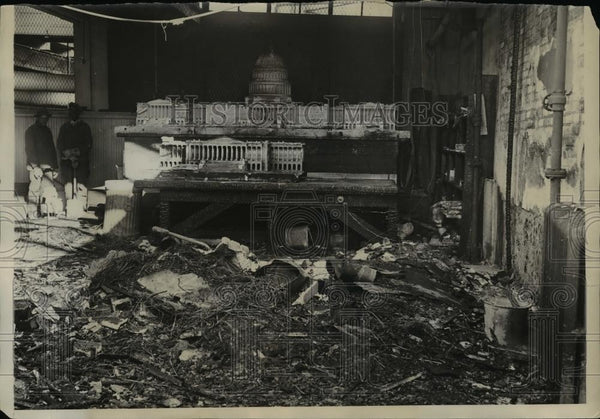 1930 Press Photo Ruined Capitol Building in Washington caused by fire - Historic Images