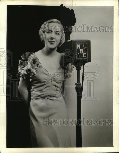 1933 Press Photo Woman affiliated with NBC - neo03613 - Historic Images