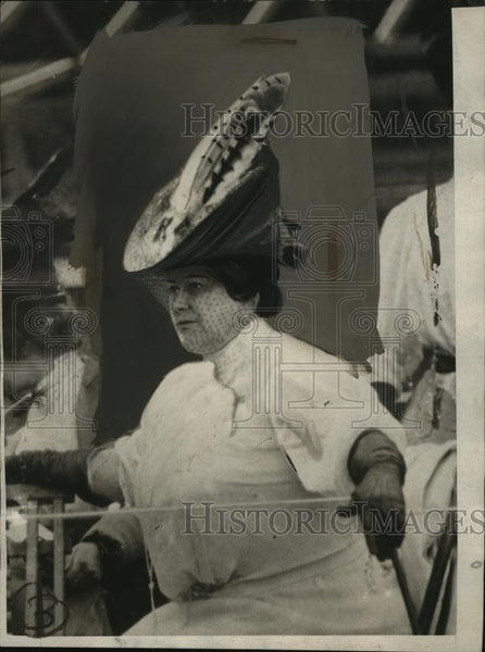 1928 Press Photo Women's Hat with Feathers - neo03650 - Historic Images