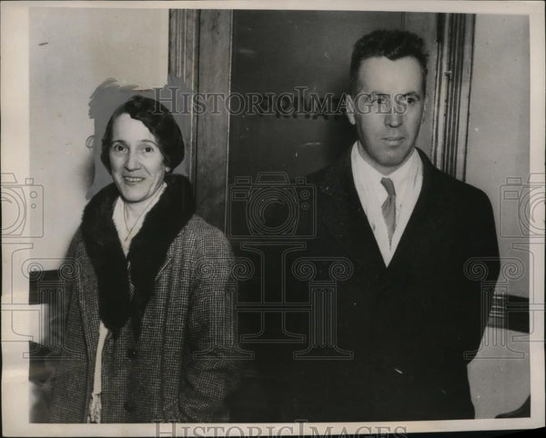 1938 Press Photo Robert Guex & Wife at John E. Mack's Office, New York City - Historic Images