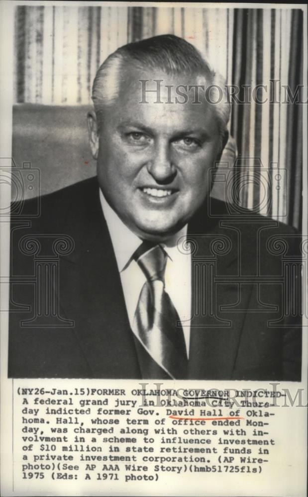 1971 Press Photo Gov David Hall of Oklahoma indicted for investment scheme