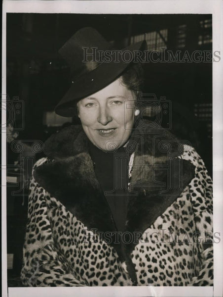 1941 Press Photo New York Mrs Simone Rubel Arrives on S.S.Argentina NYC - Historic Images