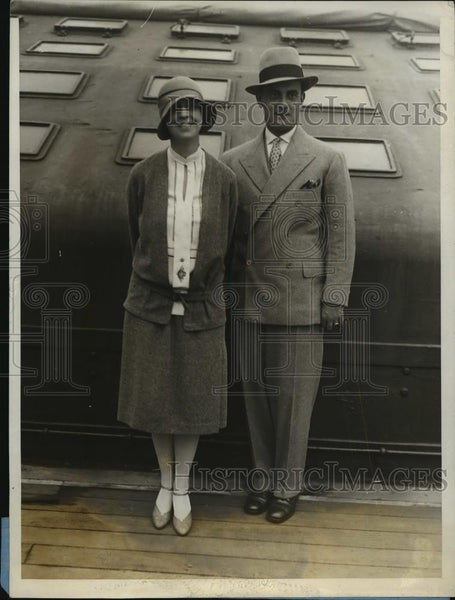 1928 Press Photo New York Prince & Princess Karageorgevitch of Paris Arrive NYC - Historic Images
