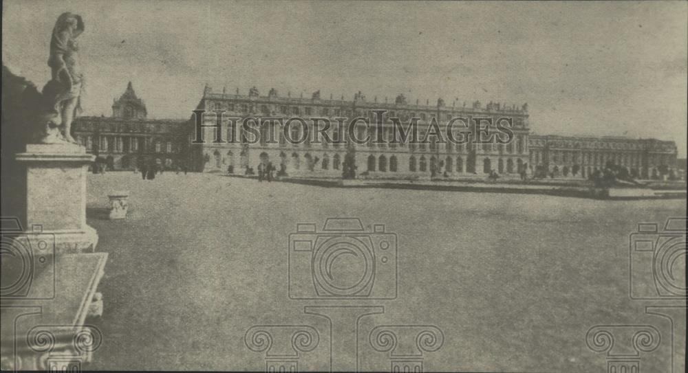1918 Press Photo Facade of the Palace in Versailles City France - nef67597 - Historic Images