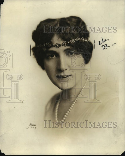 1922 Press Photo New York Baroness Leja de Toezicoff of Women Voterrs League NYC - Historic Images