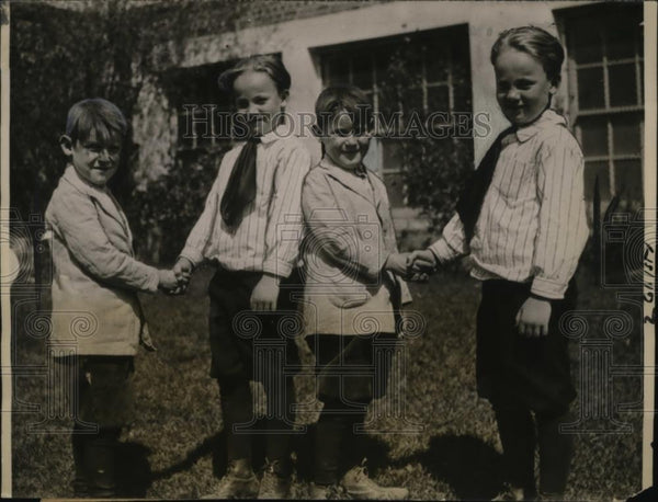 1922 Press Photo Blockstock and Doty twins attend same L.A. elementary school - Historic Images