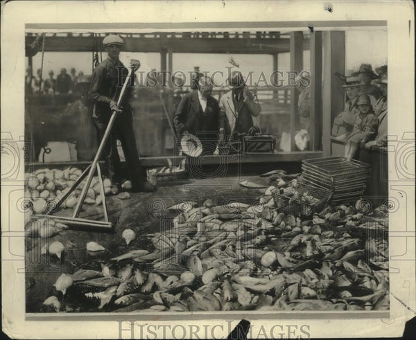 1927 Press Photo Fishing - neo12026 - Historic Images