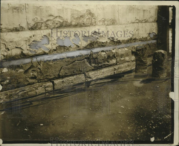 1923 Press Photo A bridge over flood waters almost underwater itself - neo13889 - Historic Images