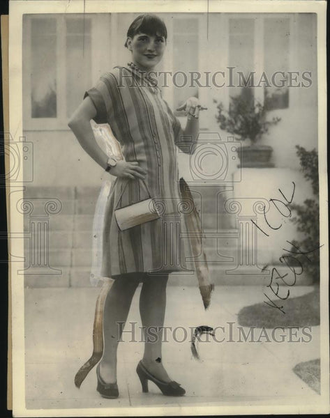 1925 Press Photo Ms Dorothy Chandler Displays L.A. Style - neo21518 - Historic Images