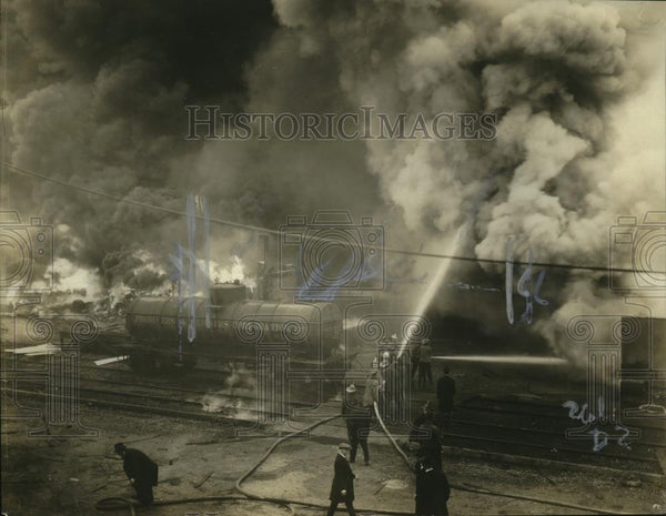 1921 Press Photo Firemen battle a blaze at Memphis Tennessee - neo23883 - Historic Images