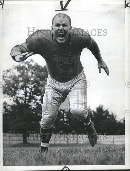 1946 Press Photo Jim Montgomery Rugby - Historic Images