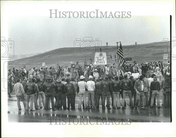 Press Photo ANTINUCLEAR MOVEMENTS - Historic Images
